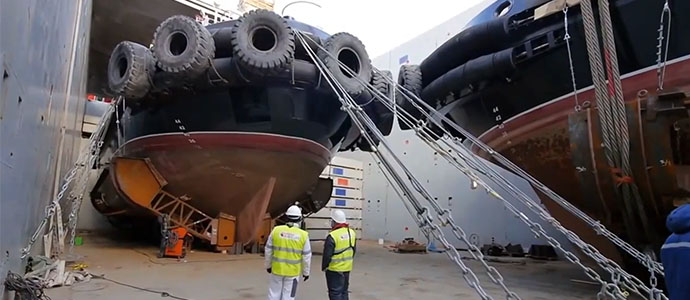 A unique operation for the delivery of 6 tugboats by a specialized vessel of the Heavy Lift type has been successfully completed